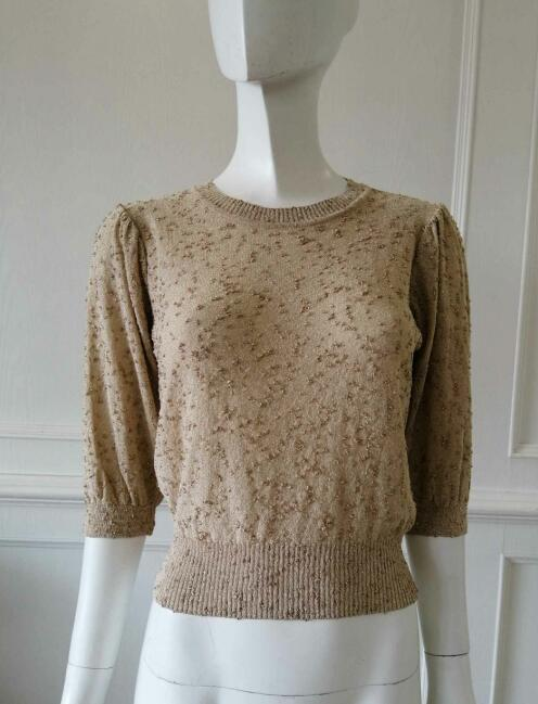 Womens knitted pullover metal Yarn