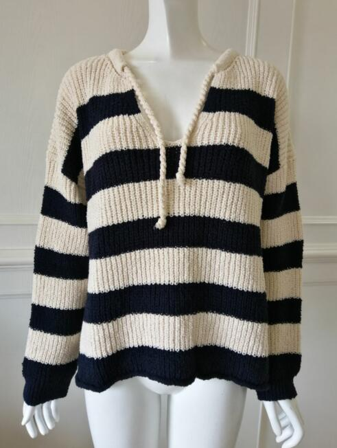 Women's knitted sweater coat