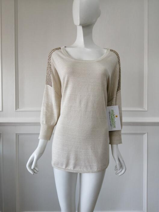 Women's knitted sweater pullover