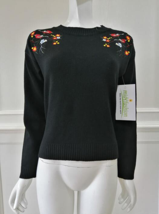 Knitted embroidery pullover China Womens Sweater knit midifashion