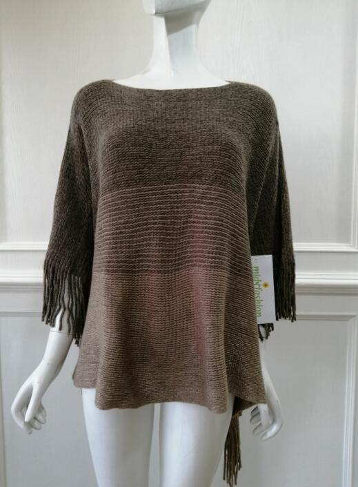 China Womens Knitted poncho sweater