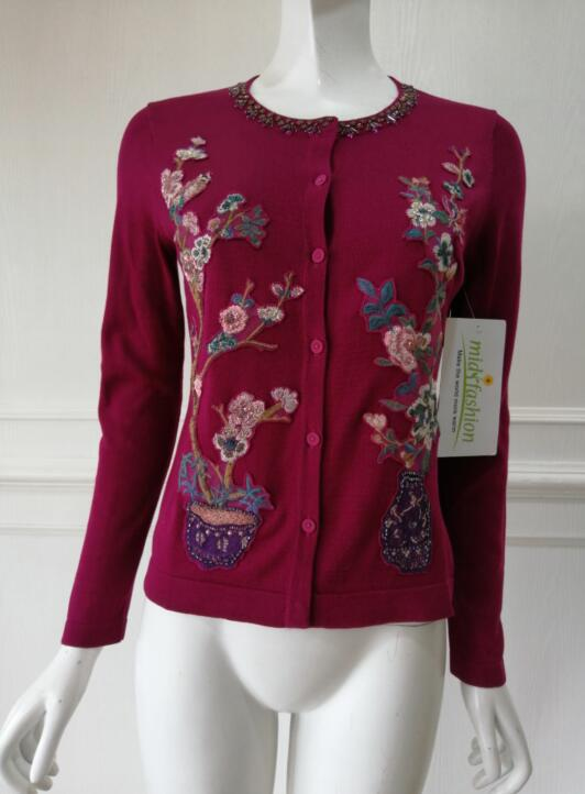 China sweater Factory womens Embroidery Pullover Sweater manufacturer